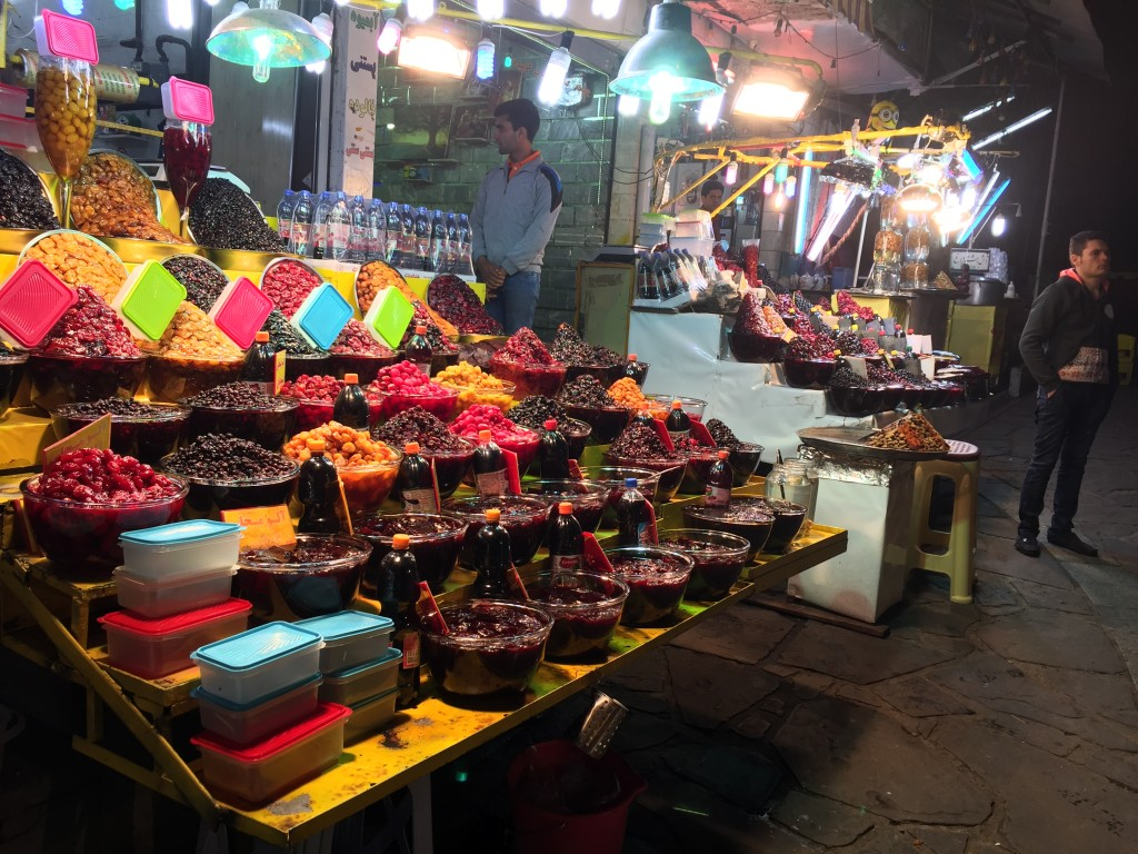 Darband Sour Fruit Stand